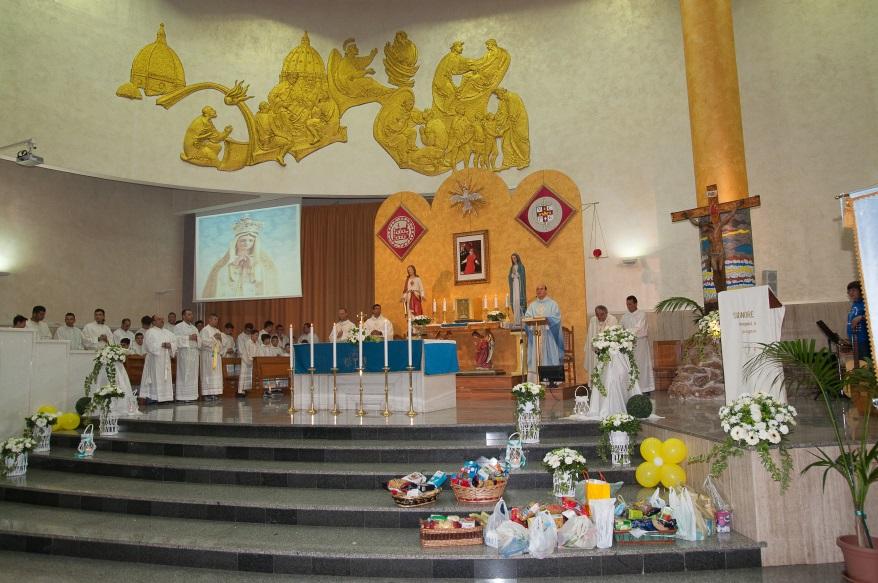 chiuaura-del-mese-mariano-nella-nostra-parocchia-palermo (4)